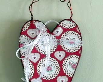 FREE SHIPPING!  Heart Door Hanger - Valentine Decor - Red White