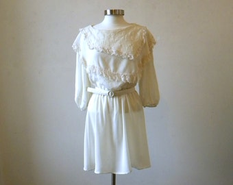 Vintage 80s Beautiful Lacy Dress / Easy Care / Ivory White Secretary Dress M