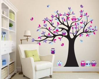 Kids wall decal for nursery - Vinyl tree decal - Owl tree decal - 5 Free owls