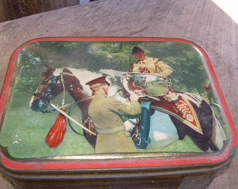 English Toffee Candy Tin - Horse Racing Trophy Cup Ceremony