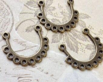 18 x 21 mm Antiqued Bronze Thick U-Shape 9-Holes Connectors (.sm).