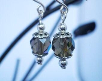 Brown crystal faceted pierced earrings