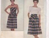 Butterick 4327 Vintage 1970s Pattern - Misses Wrap Top Strapless Dress or Skirt - Medium