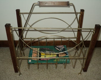 Mid Century Mad Men Style Free Standing Magazine Holder Wire Basket  made of Brass and Teak Wood, Great Lines and Design