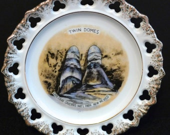 Carlsbad Caverns Souvenir Plate Vintage Twin Domes Travel Memorabilia 1960s National Park Cave New Mexico Southwestern Spelunker Tourist