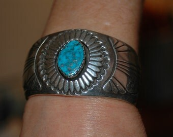 Vintage Navajo turquoise bracelet - Hallmarked -  91 grams