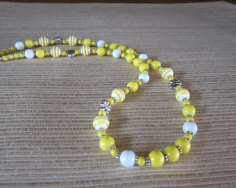 Yellow and White Beaded Necklace with Flower Beads