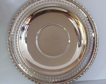 PIERCED SILVERPLATED TRAY - Rogers & Bro. -  Shallow Well in Center to Hold Serving Bowl - Very Good Condition