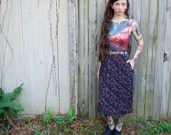 Vintage // 1990's Black Floral Skirt // Grunge Babydoll Maxi with Pockets // Size S // Gypsy