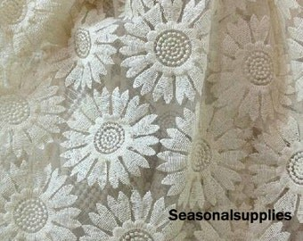 Sunflower Fashion lace fabric, Embroidery Flower,Classy,Translucent,Scalloped polyester--1 Metre(W60C)