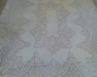 Table cloths,Crocheted table cloths,VINTAGE crocheted TABLECLOTH, tablecloth, vintage linens, linens, shabby chic linens