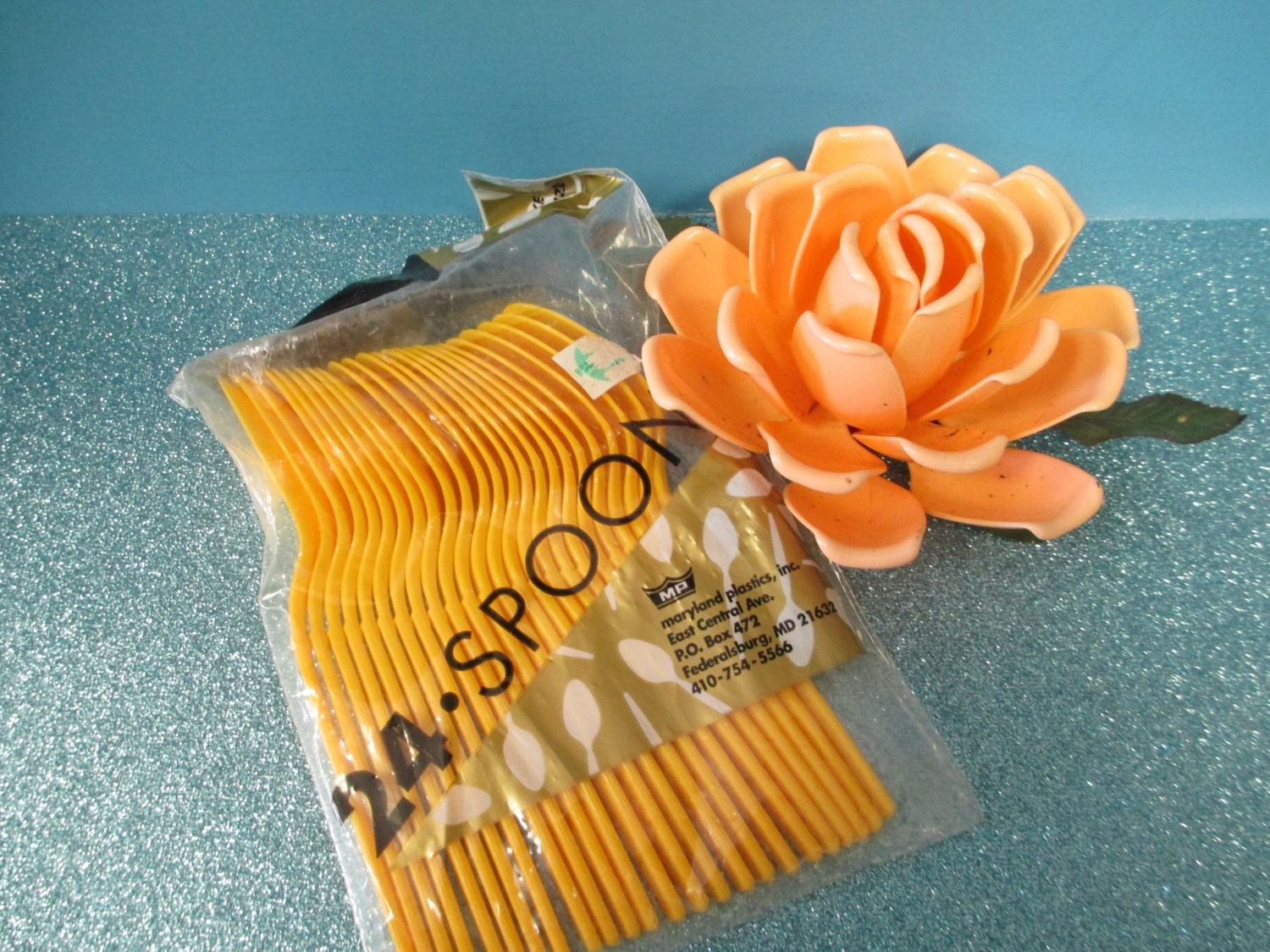 Craft plastic spoons 24 package yellow by thefeathermerchant