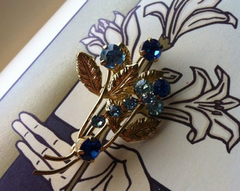 Vintage Gold Tone Blue Rhinestone Flower Leaf Brooch Pin