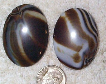 Rare Vintage Givre Caramel Oval Glass Stones