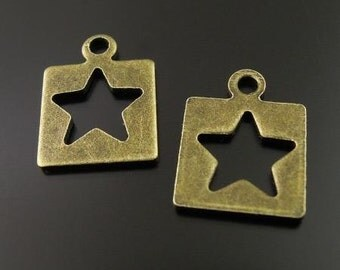 Star Charm, 6 Charms Antique Bronze Tone 13 x 10 mm - bz147