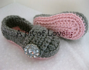 Spring Baby Girl Shoes / Booties - Pink & Grey - YOUR choice size - (newborn - 12 months) - photo prop - clothing
