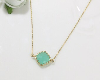 Mint crystal necklace, stone in bezel