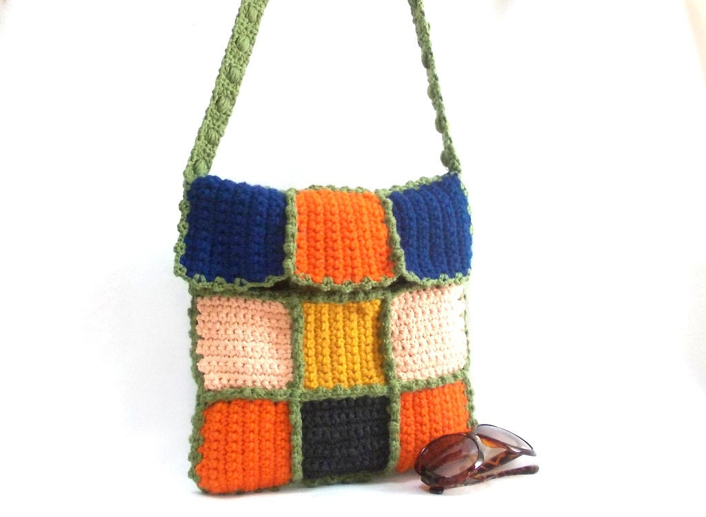 Crochet Messenger Bag Handmade bag Green handle by aynikki on Etsy