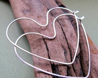 Sterling Silver Heart Earrings - Heart Endless Style Hoops - Heart Hoops / Fashion Jewelry / Love Earrings / Hearts / Gift for her / Trendy