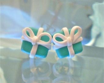 Tiffany and Co Gift Box Earrings - blue breakfast at tiffanys white ribbon costume jewllery Handmade for her