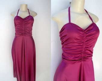 1970's Raspberry Ruched front summer dress