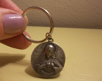 Mother Mary Pewter Keyring