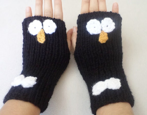 Penguin Gloves, Mittens, animal gloves, hand warmers, fingerless gloves, Kids Gloves,  women accessories, Handmade gifts