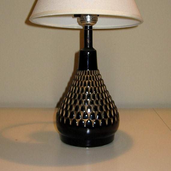 mid century black and gold fish scale design table lamp circa. Black Bedroom Furniture Sets. Home Design Ideas
