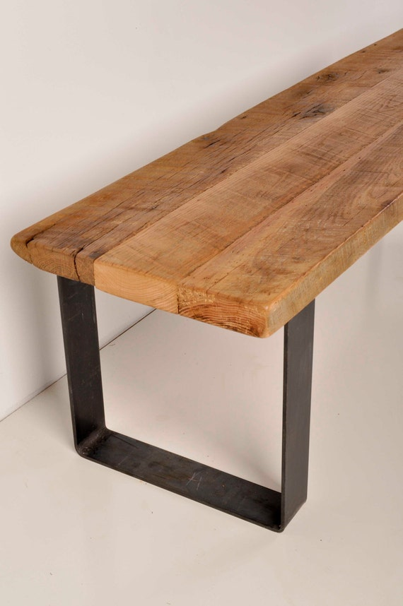 Reclaimed barn wood and industrial metal bench for Table basse retro design