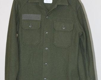 vintage mens drab green wool army shirt