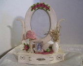 Photo Frame Miniature Dresser Lighted Tiffany Lamp  Shabby Chic Victorian  Photo Frame Tabletop Decor