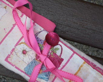 Pretty knitting needle case