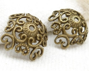 Large Vintage Look Filigree Bead Caps (8) - BF25