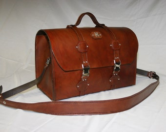 Hard Leather Weekender Case