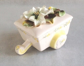 Very Pretty Ceramic Wagon With Flower On Top, Country Chic