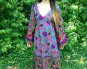 Paisley & Floral. Beaded. MAXI DRESS. Vintage. 70s. (size: L/10)