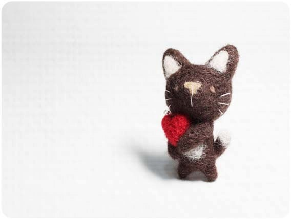 Brownie Cat - needle felted wool brooch, crystal bead