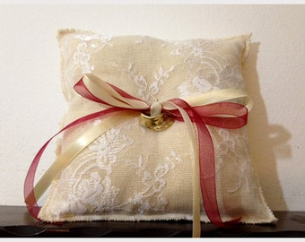 Burlap white lace ring pillow with satin ribbons, wedding ring pillow, shabby chic pillow, rustic wedding