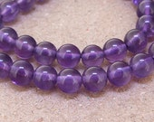 "One Full Strand--- AAA Natural Round Amethyst Crystal Quartz Gemstone Beads ----- 6mm ----- about 62Pieces --- 15"" in length"