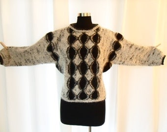 "70s ""Eddie Dassin LA"" pull over sweater wool blend fuzzy/ abstract /mid century modern design : US womens medium-lrg"