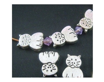 10 Little Silver Tone Kitten Cat Spacer Beads for Thread or Wire 11.5 x 8,5 mm