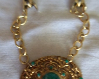 Goldtone Green Stones Sweater Guard