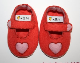 Babyshoes heart