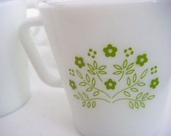 Set of  Four Pyrex Summer Impressions Pattern in Honeydew Green Coffee Cups