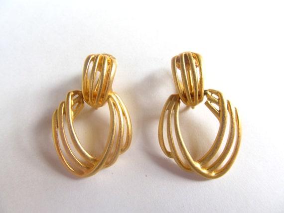 1980 S Matte Gold Tone Door Knocker Earrings