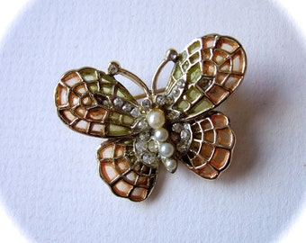butterfly brooch / vintage Coro pin