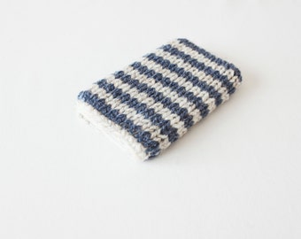 knitted phone cover - iphone5 case - striped iphone4 cover