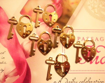 6 Prs. 21mm Goldplated Lock and Key Charms