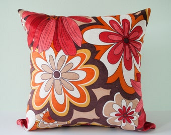 Red floral decorative pillow cover - retro throw pillow cover - pillow case - accent pillow - red pillow pillow - 18 x 18 inches