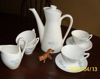 30+ Piece Vintage Mid-Century Stetson Mar-Crest-Blue Spruce-Pinecone Tea Pot/Bowl/Butter/S&P/Creamer/Cups/Saucers